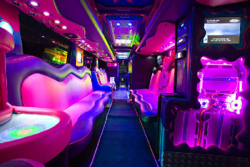 Limo hire party bus limousine hire for Party bus with bathroom